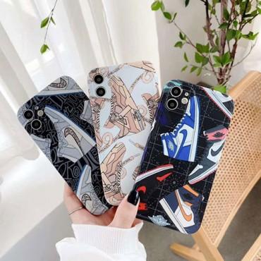 Nike 芸能人 高級 Aj靴 ナイキ iphone12/11pro max/se2ケース 充電可 激安 全機種対応 男女対応  アイフォンx/xs/xr/8/7カバー 韓国 ブランド 耐衝撃 通販  おしゃれ スポーツ風 個性 TPU素材